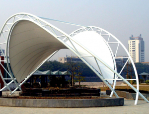 缤纷夏日膜结构遮阳棚为您遮风避雨
